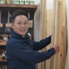 無垢材の造作棚板☆